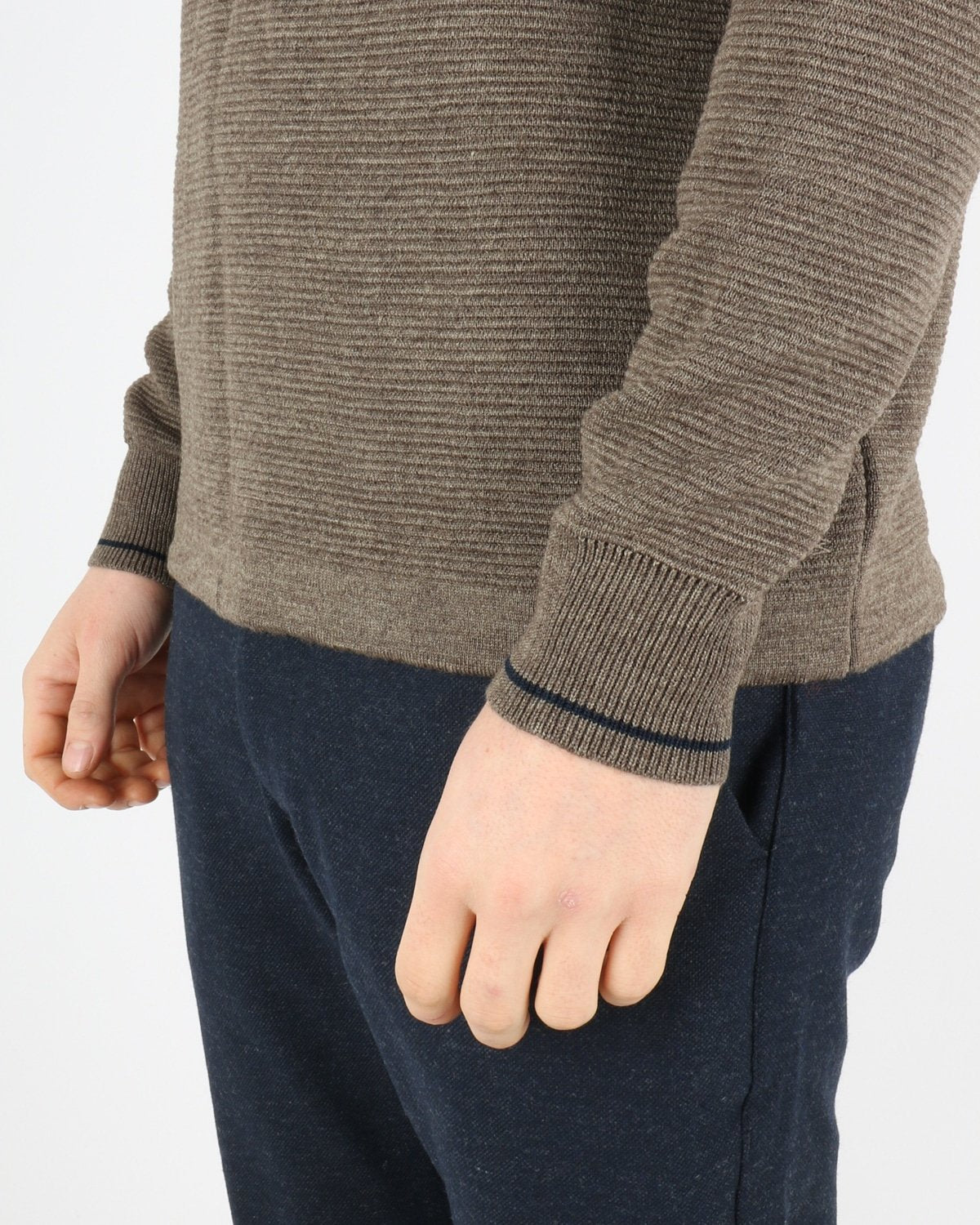 woodbird_craving otto turtle knit_forrest_4_4