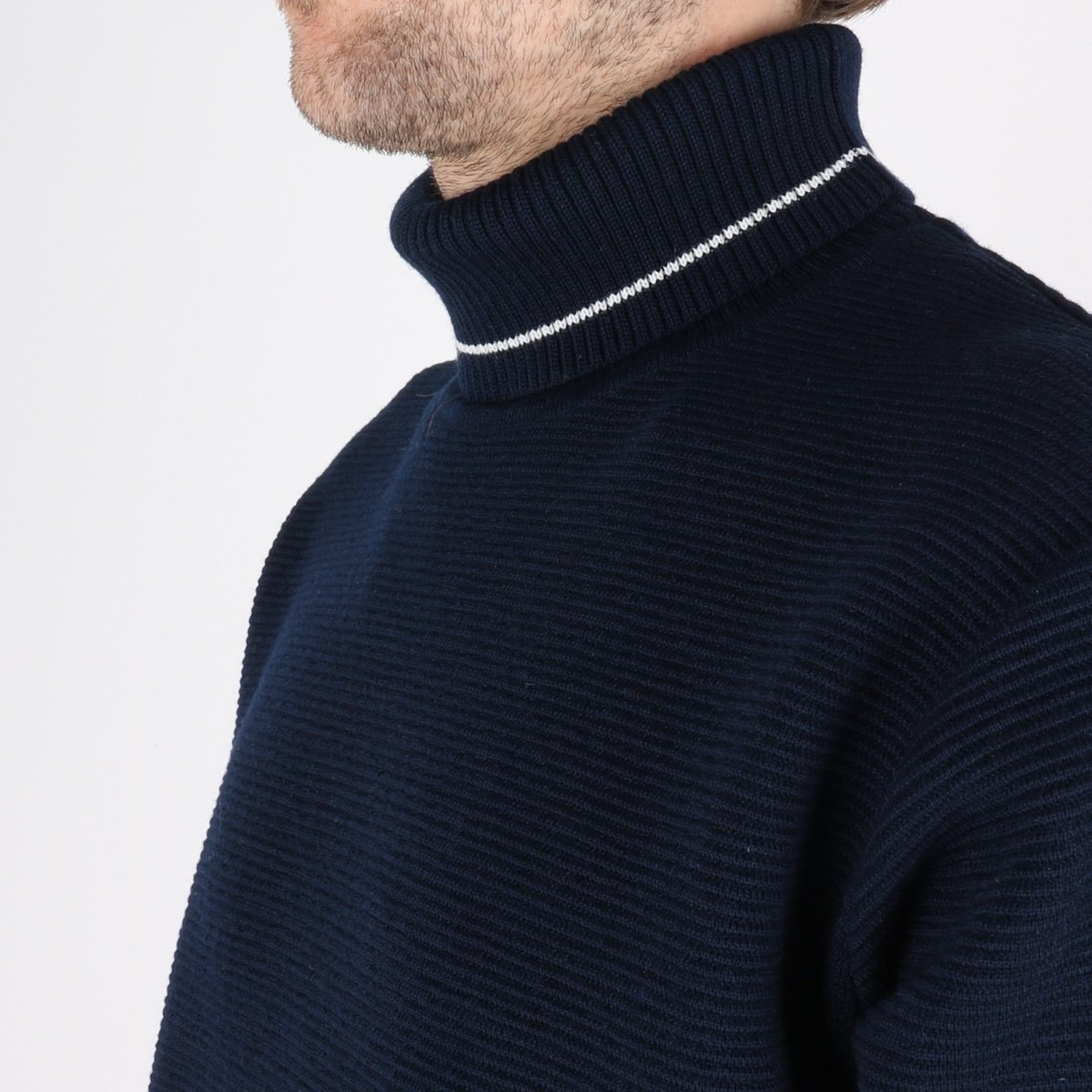woodbird_craving otto turtle knit_navy_3_4