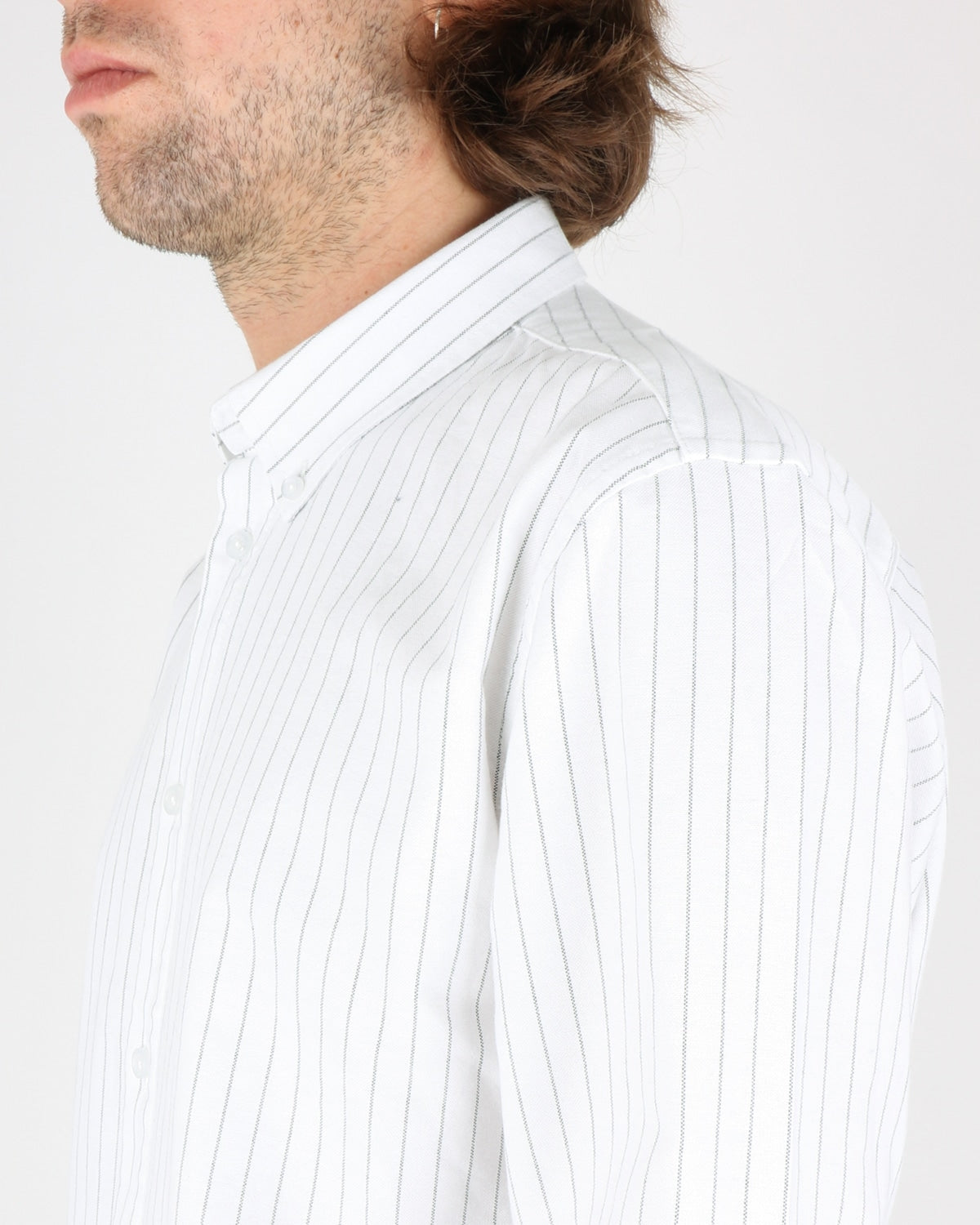 woodbird_trime stripe shirt_white grey_3_4