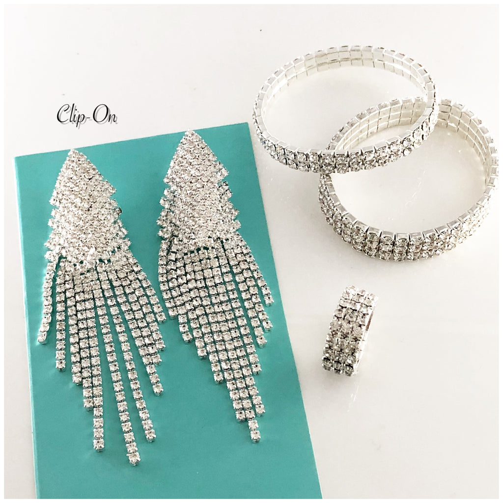 """ BlingBox Clip-On "" Clear Rhinestone Styled Set"
