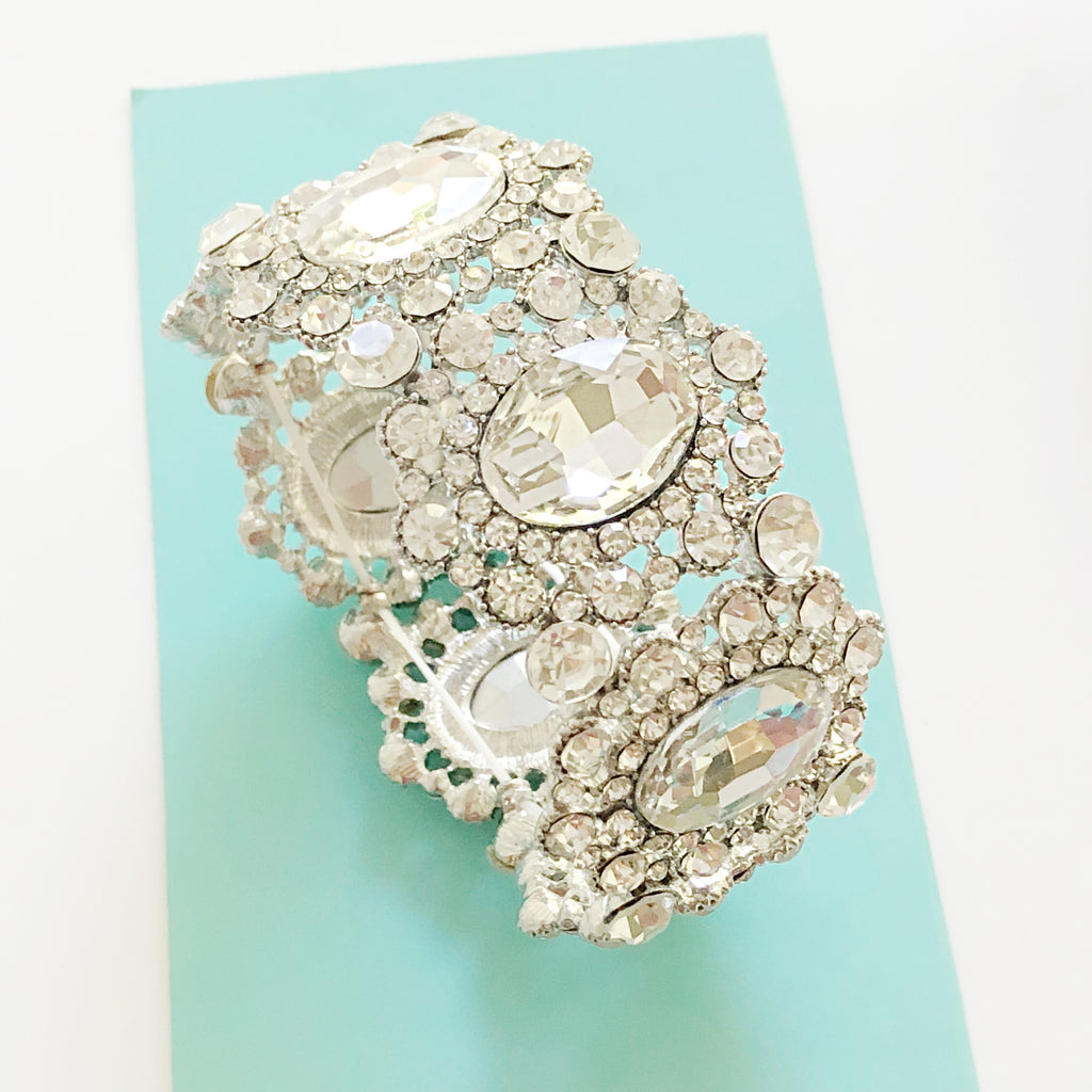 """ Strength ""  Clear Crystal Rhinestone Stretch Bracelet"