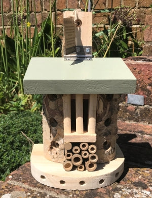 Wildlife World bug hotel