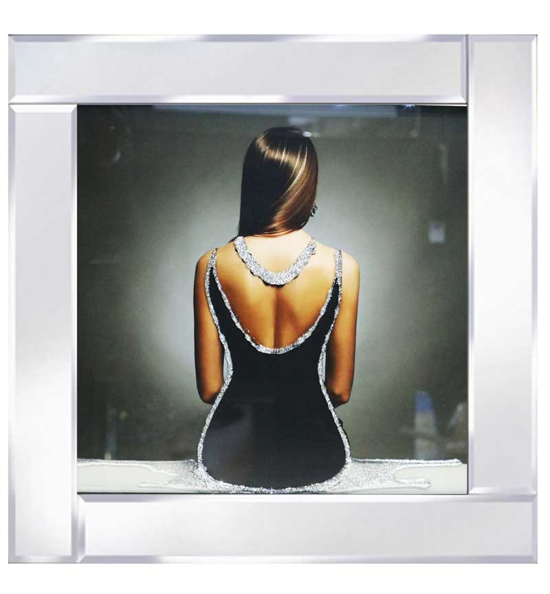 A spectacular design of a lady in a backless sparkly dress rendered with Liquid Glitter.  This stylish enchanting modern frame will make a stunning addition to any stylish modern interior.