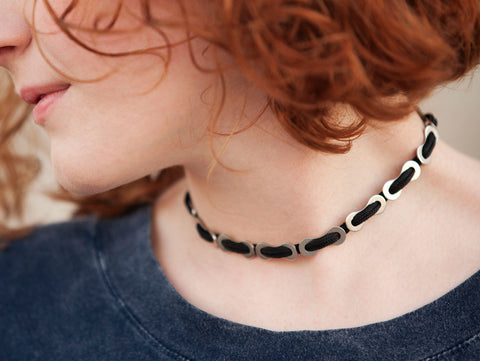Missing Links Choker