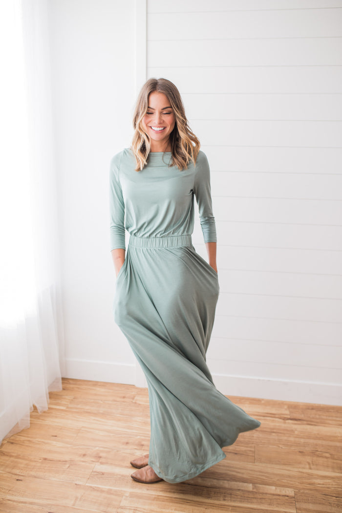 Cliffside Dress