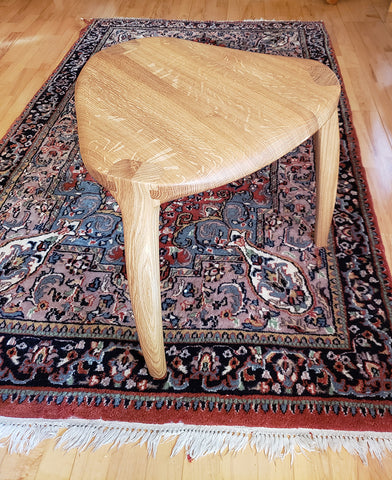 sculpted stool maloof guitar pick