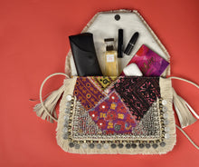 Load image into Gallery viewer, Banjara Clutch - Colorful