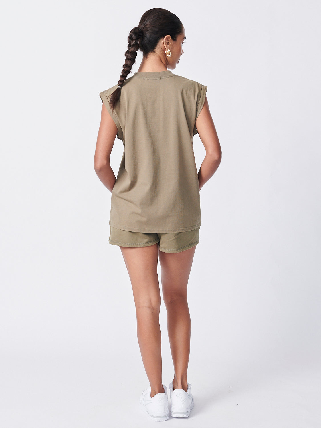 Core Muscle Tank - Olive