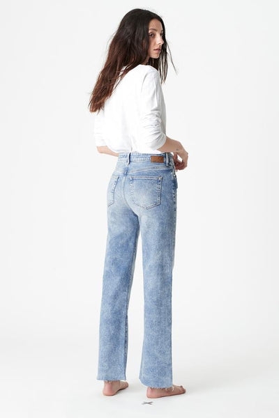 Victoria High Rise Wide Straight Jean