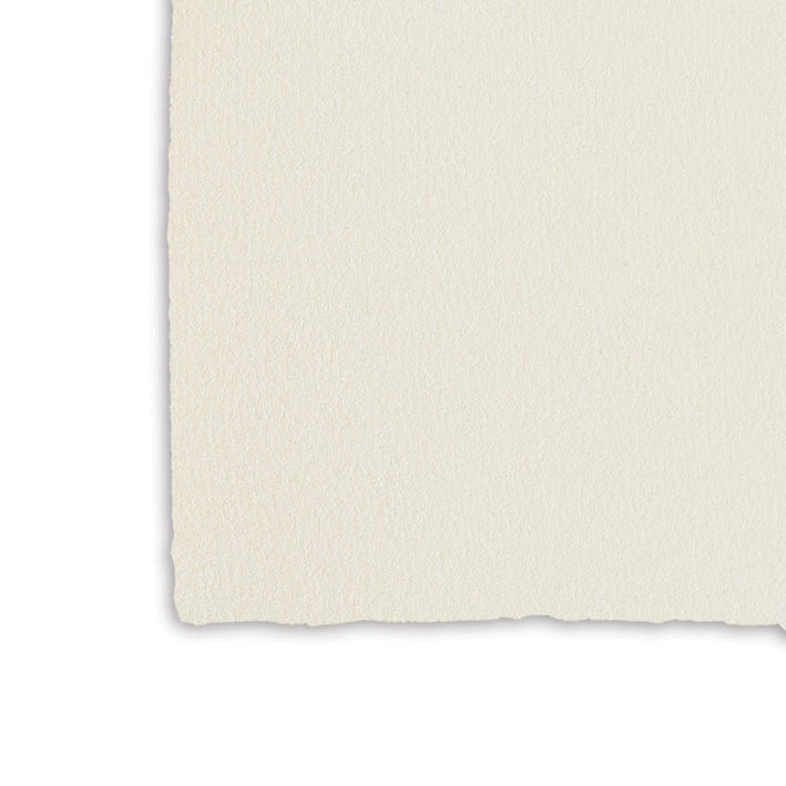 Magnani : Revere Printmaking Paper : Suede / Medium Texture : Ivory : 250gsm : 56x76cm : 5 Sheets