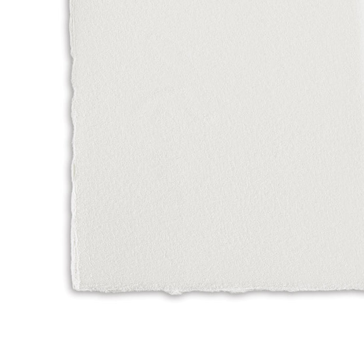 Magnani : Revere Printmaking Paper : Suede / Medium Texture : Warm White : 250gsm : 56x76cm : 5 Sheets