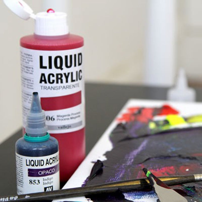 Vallejo : Liquid Acrylic : 32ml