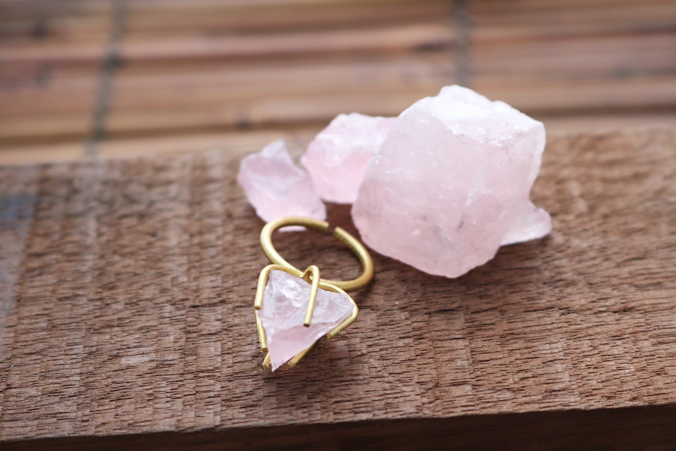Raw rose quartz ring - Wild Child Dzigns