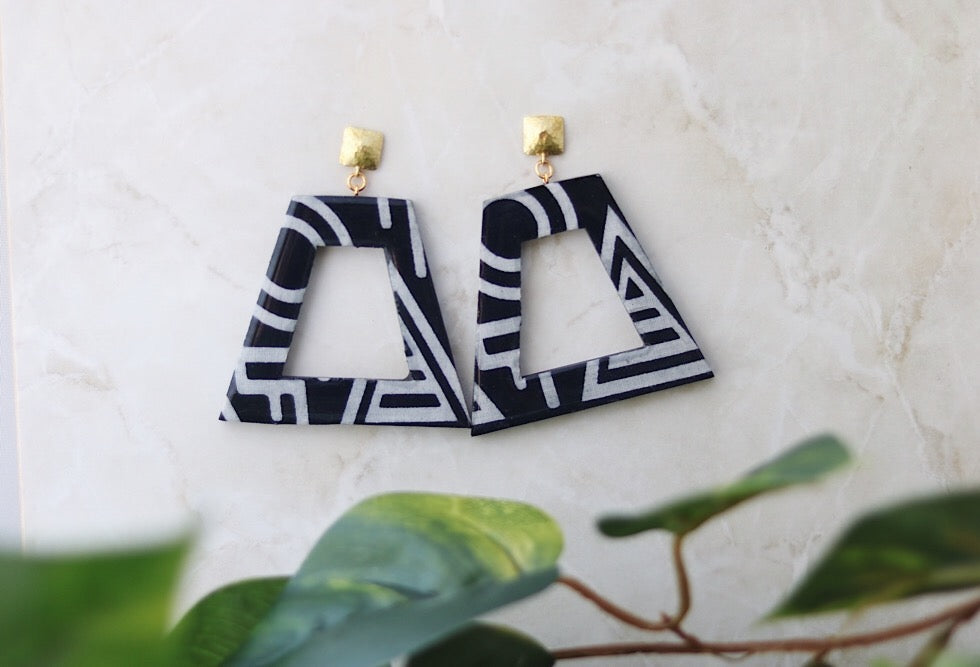 Black and white door knocker earrings - MEDIUM