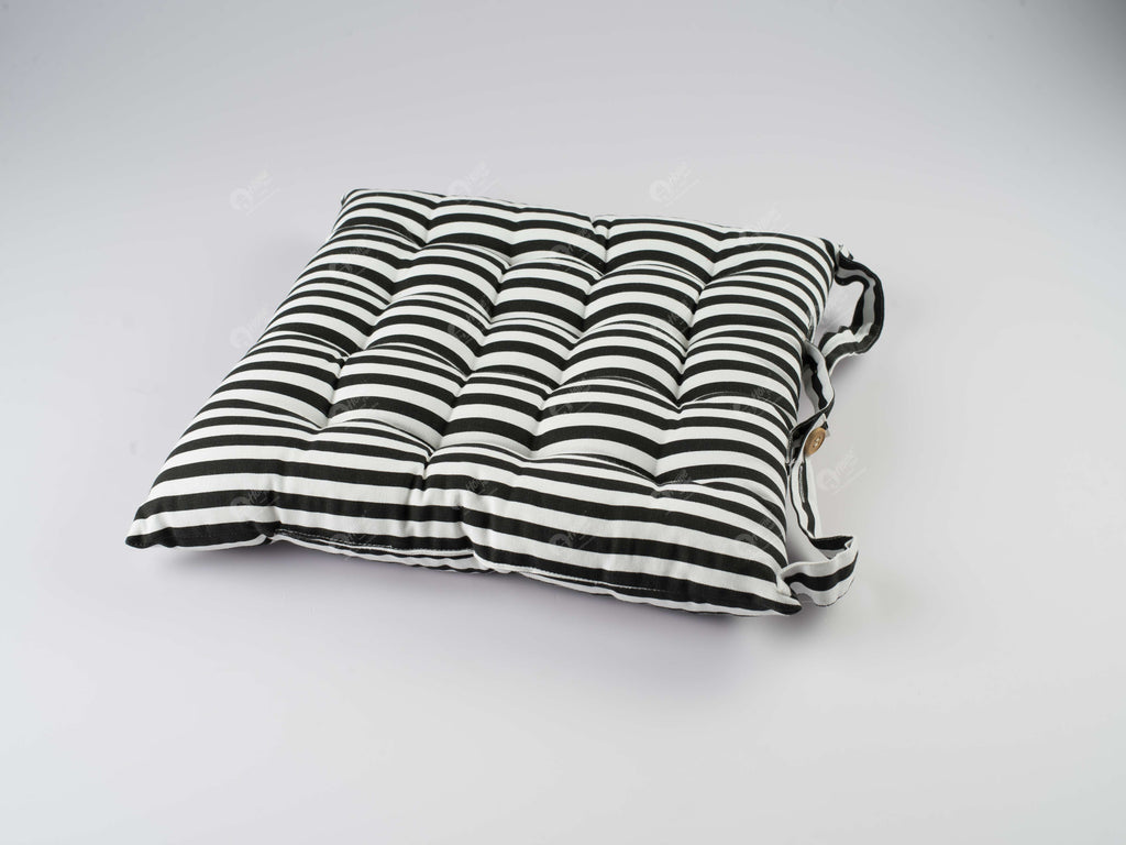 Chair Pad - Thin Stripes Black