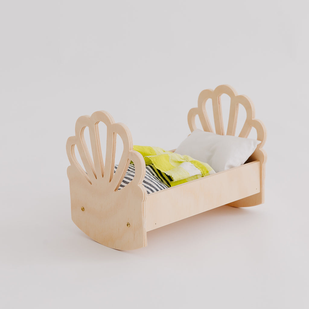 Wholesale Shell Baby Rocking Cradle - Pretty in Pine