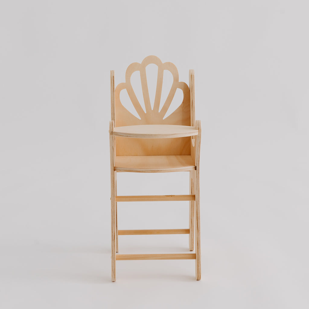 Shell Dolly Highchair - Pretty in Pine