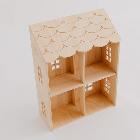 Wall House - Pretty in Pine
