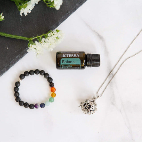 crystal-jewellery-for-gifts | NECKLACE, CHAKRA BRACELET & OIL