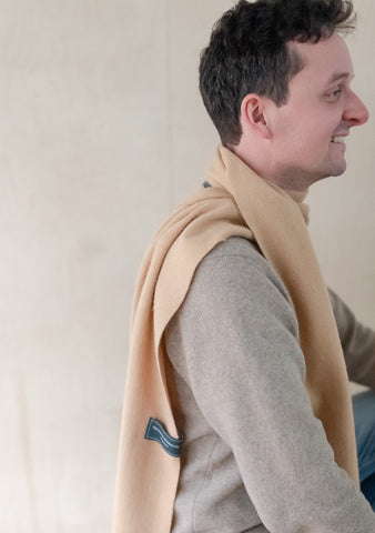 Lambswool Men's Scarf in Camel