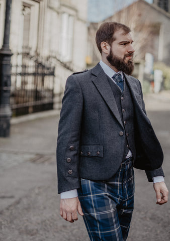 Persevere Moss Navy Braemar Trews Outfit