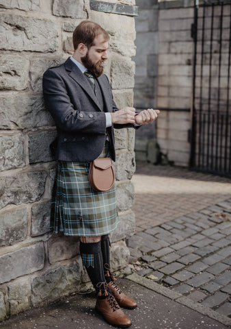 Douglas Weathered Braemar Kilt Outfit