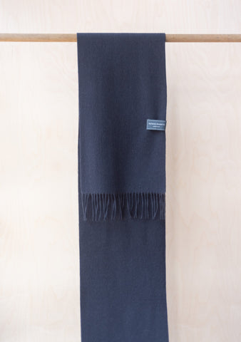 Lambswool Men's Scarf in Black