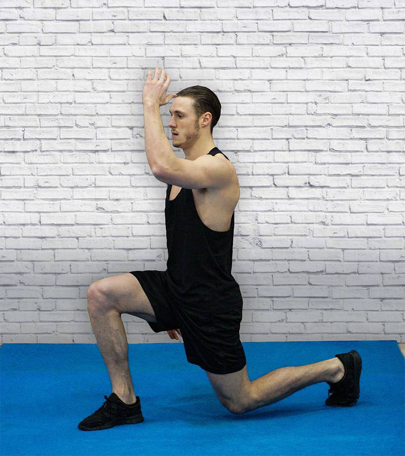 Gym training power lunges