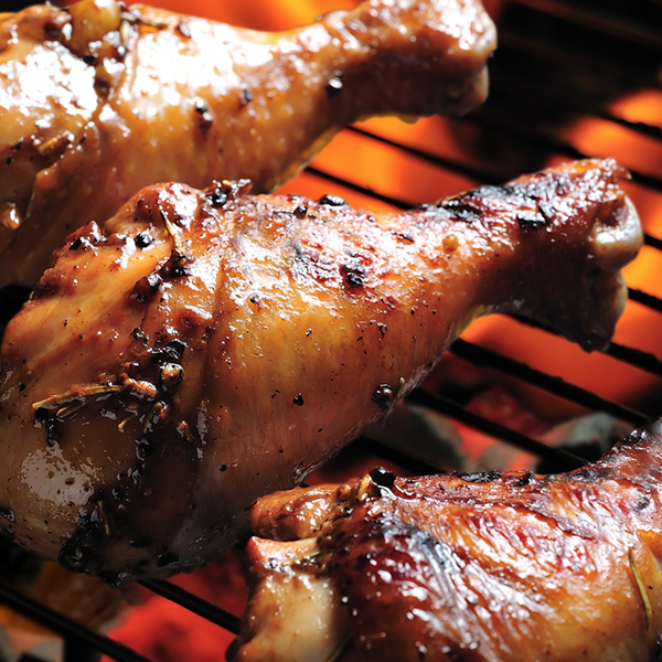 One kilogram of delicious chicken drumsticks for your friends and family to enjoy!