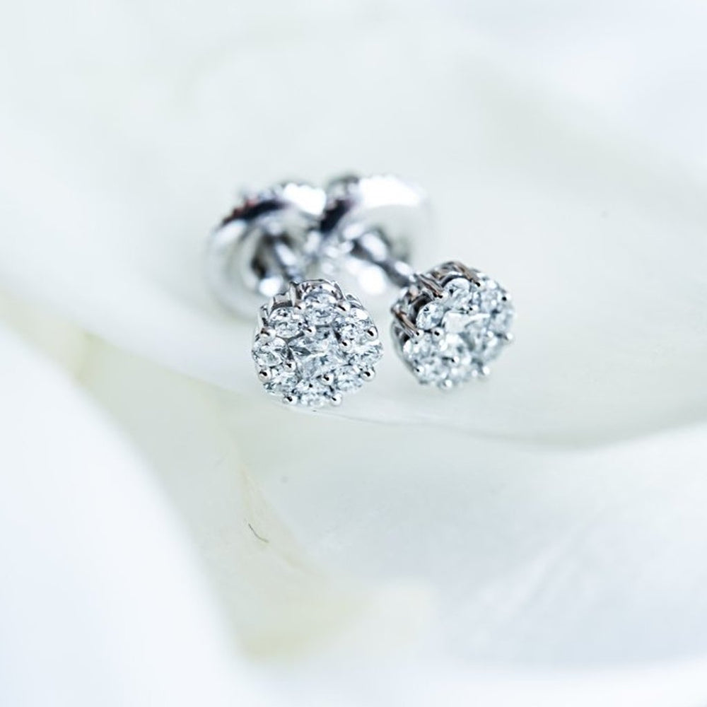 Cluster Stud Earrings With 1/4 Carat Tw Diamonds In 14Kt White Gold