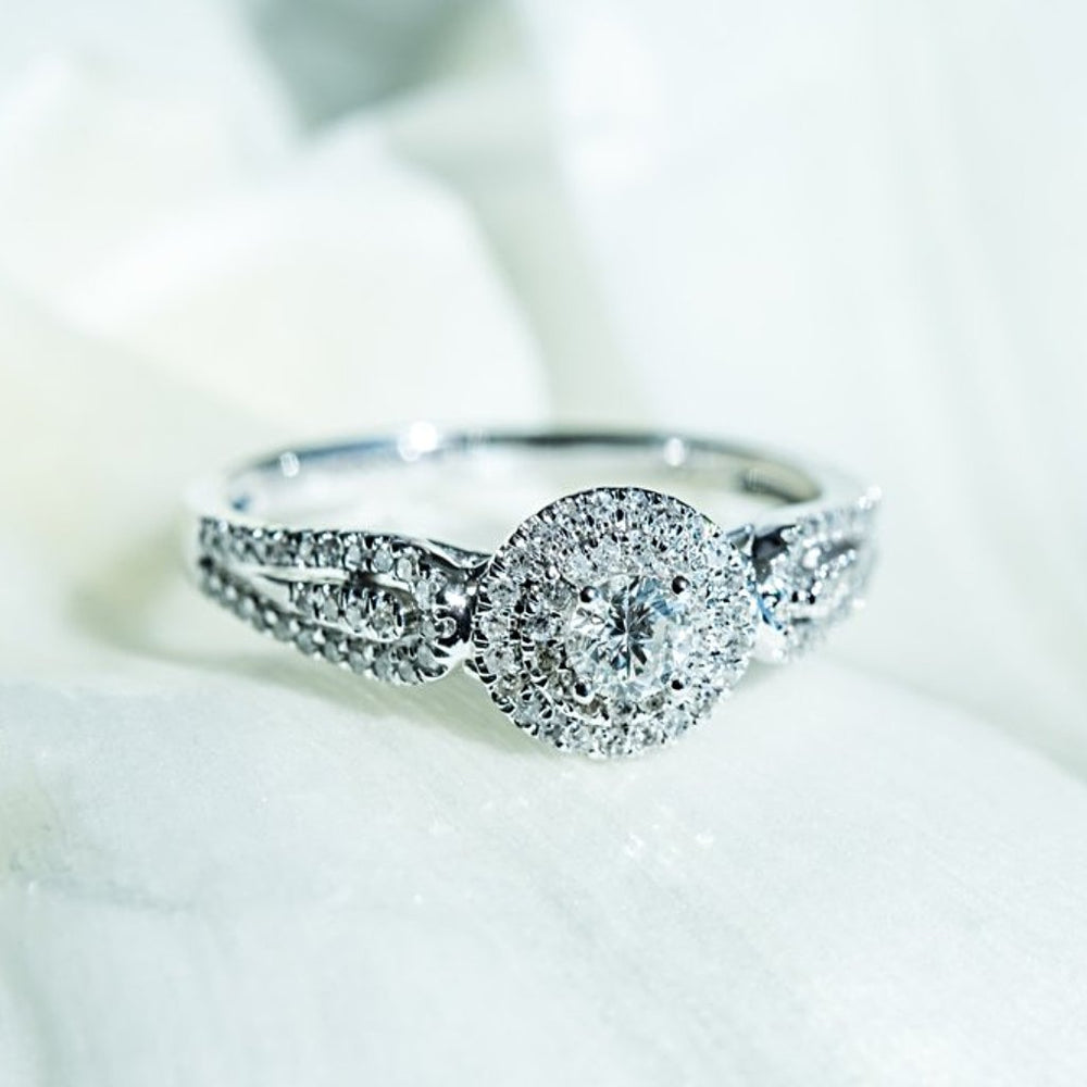 Diamond Engagement Ring With 0.37 Carat Tw Of Diamonds In 14Kt White Gold