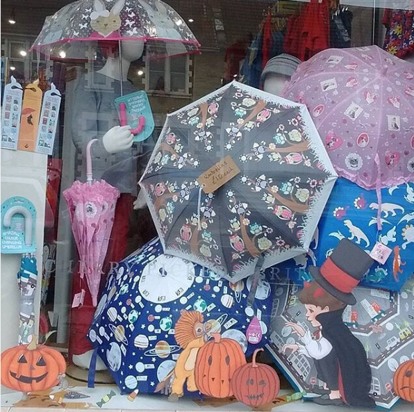Happy Halloween Colour Changing Umbrellas