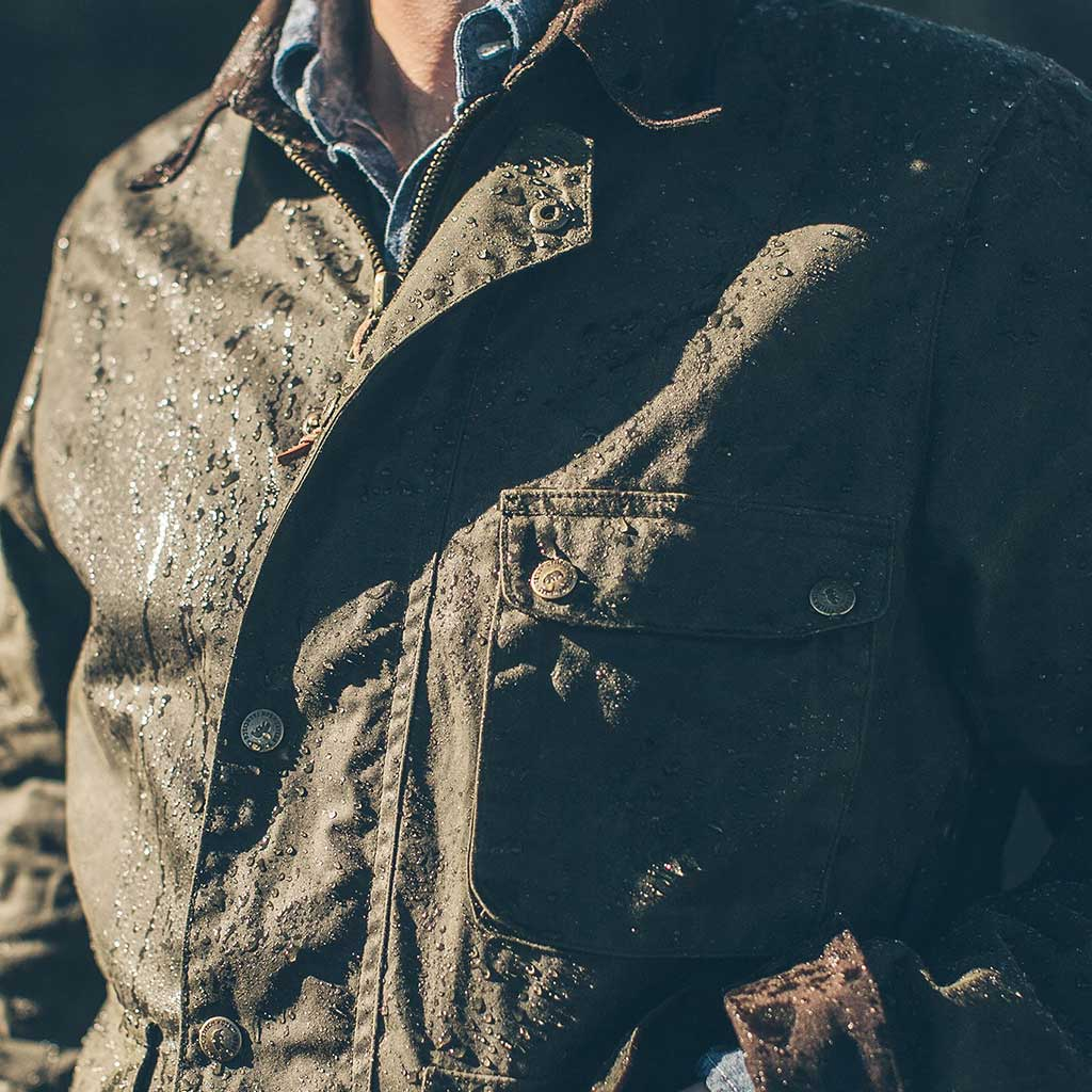 The Rover Jacket in Dark Olive in Waxed Cotton for Men by Taylor Stitch