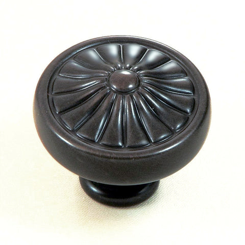 CP27-OB   Oil Rubbed Bronze Darlington Cabinet Knob