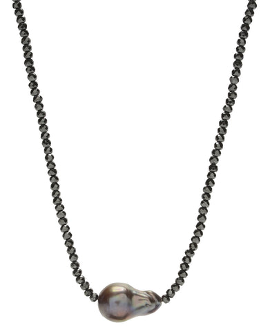 Iselia single Necklace - hematite/peacock pearl