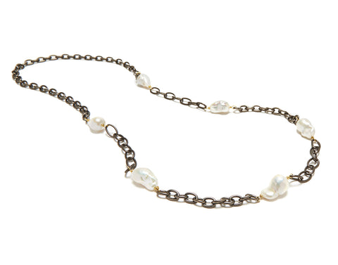Malin Necklace - white