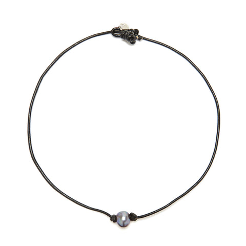 Victoria single pearl necklace - black/grey