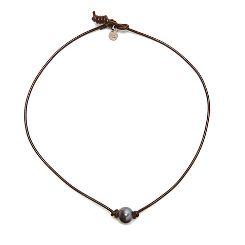 Victoria single pearl necklace - chocolate/grey