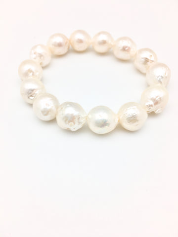 Annie Bracelet - white baroque pearl only