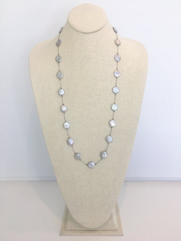 Elsa silk necklace, grey pearl