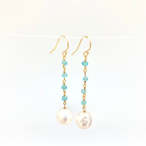 Dangle baroque earrings - aquamarine, white pearl