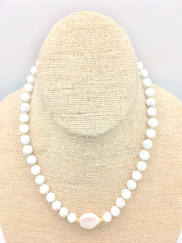 Ellinor Short Necklace - white moonstone/pearl