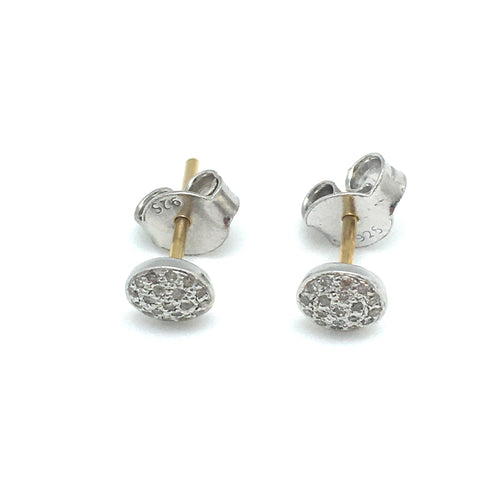Diamond studs - medium