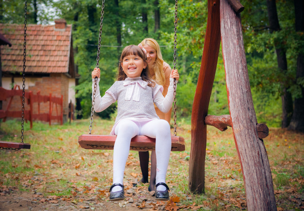 Best Tips for Buying a Swing Set