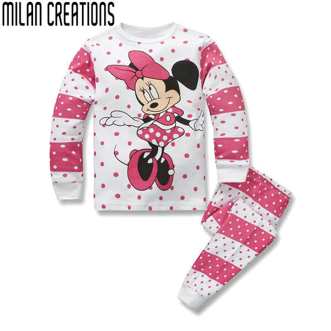 Milan Crestions Christmas Pajamas Girls Clothes Set 2015 Children Clothing Sets Character Pattern Kids Clothes Girls Tracksuits