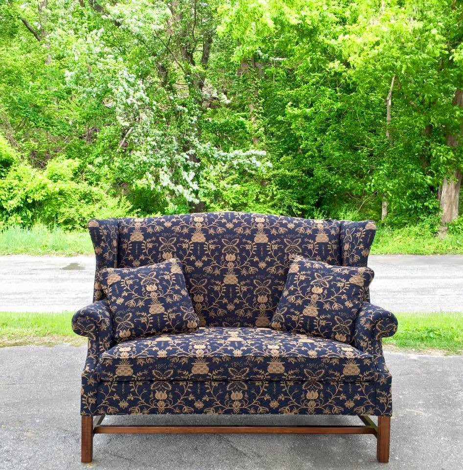 Midnight Johnson Loveseat