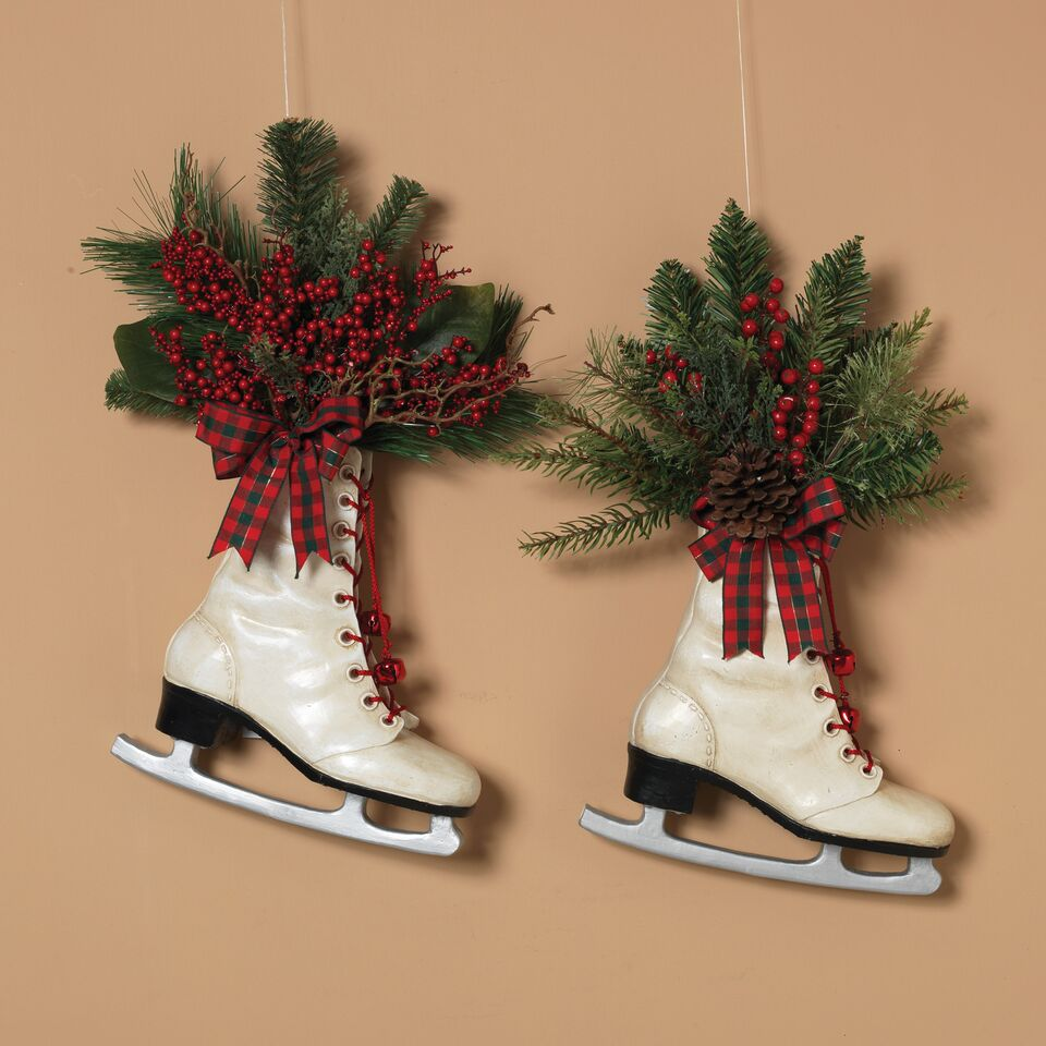 Hanging Resin Holiday Skates