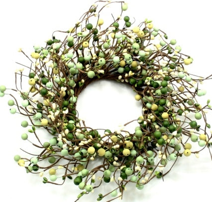 Small Berry Wreath Light Green, Green, Cream