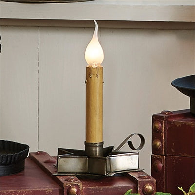 Tin Star Candlestick Lamp