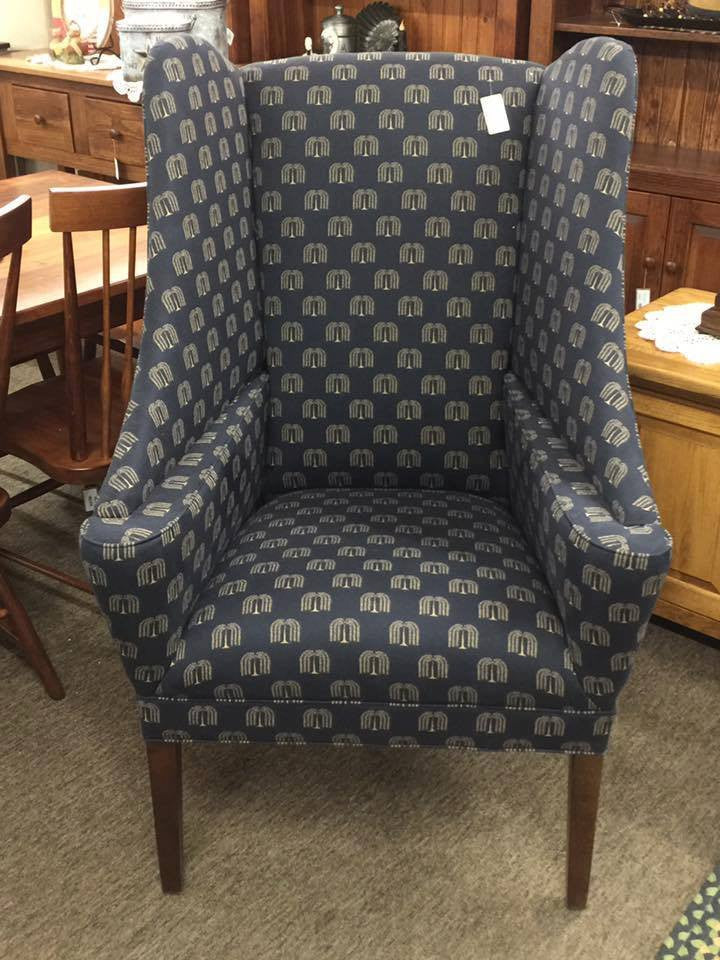 Navy Tiny Willow Chair